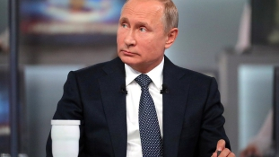 Putyin: Moszkva kész a párbeszédre az USA-val