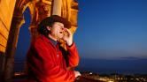 600 éves hagyományt tartanak életben Lausanne éjjeli őrszemei