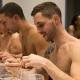 Bezár a nudista étterem Párizsban