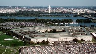 Újabb vezető távozik a Pentagonból