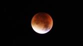 Egyedülálló holdfogyatkozás – videó