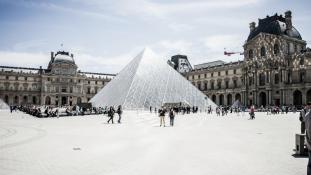 Múzeumrekord: több mint tízmillióan látogattak el tavaly a Louvre-ba Párizsban
