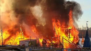 Rémálom a vidámparkban: égig értek a lángok Irkutszkban