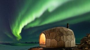 Kabin az erdőben: 3D puzzle északi fénnyel Norvégiában