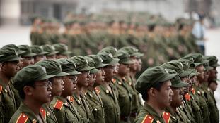 Kína világhatalmi hadsereget állít fel