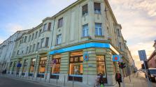 Győrben nyitott megújult bankfiókot az Erste