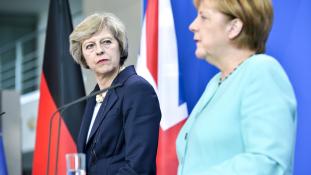 Brexit csak két év múlva?