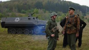 Miért kapnak német nyugdíjat a Führer külföldi hívei?