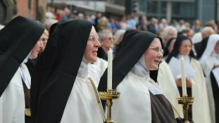 Ferenc pápa: papok erőszakoltak meg apácákat
