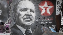 Újra elnöknek jelölték a 82 éves Bouteflikát Algériában