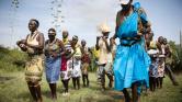 Házasság nők között Tanzániában – videó