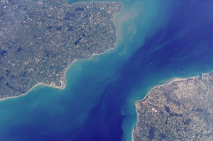 ISS014E16718_English_Channel_Dover_Calais_Outreau_Folkestone