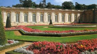 A Renault fizette bukott főnökének esküvőjét Trianonban