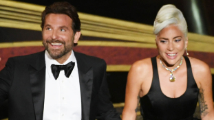 Nemcsak a filmen alkot párost Lady Gaga és Bradley Cooper? – videó