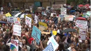Fridays for future – világszerte tüntettek fiatalok a klímaváltozás ellen – videó