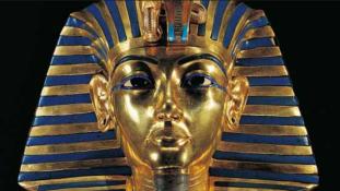 Tutanhamon kiállítás Párizsban – 150 ezer jegy kelt el elővételben