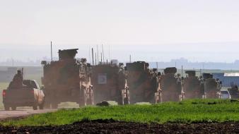 Orosz és török katonák választják el a harcoló feleket Szíriában