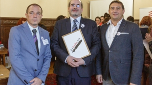 Korrektorverseny a Magyarság Házában: így versenyeznek az ország legjobbjai