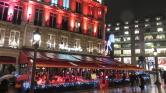 Felgyújtották a luxuséttermet a Champs Élysées-n a sárga mellényesek – videó