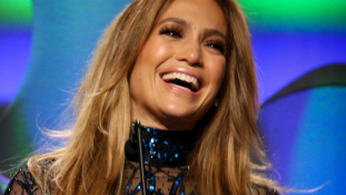 Ötmillió dolláros gyűrűvel kérte meg élettársa térden állva Jennifer Lopez kezét