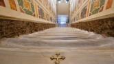 Újra eredeti állapotában láthatják a hívek a Szent lépcsőt – videó