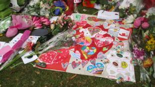 Letelepedési engedélyt kaphatnak a terror áldozatai Új-Zélandon