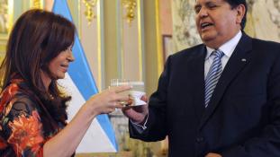 Fejbe lőtte magát a korrupcióval vádolt exállamfő – négy másikat is gyanúsítanak Peruban