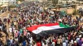 A szudániak a katonákat sem akarják