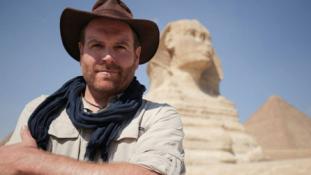 3000 éves egyiptomi sír feltárása élőben