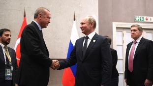 Törökország akkor is megveszi az orosz légvédelmi rendszert, ha Amerikának ez nem tetszik