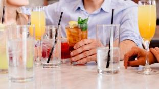 Kocsma, alkohol nélkül – új trend hódít Amerikában és Európában