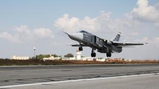 Rakétatámadás a legnagyobb orosz légi támaszpont ellen Szíriában – videó