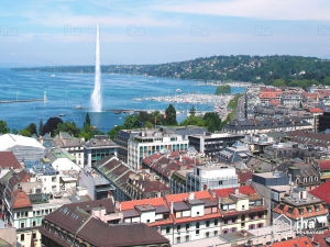 Lake-geneva-Panoramic-view-of-city-of-geneva-and-the-leman-lake