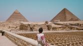Turistabuszt robbantottak a gízai piramisoknál