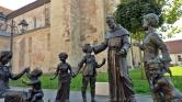 Már nem tabu a katolikus papok gyermekeinek sorsa