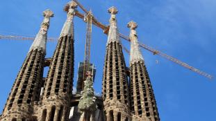 137 év után megkapta az építési engedélyt a Sagrada Família Barcelonában