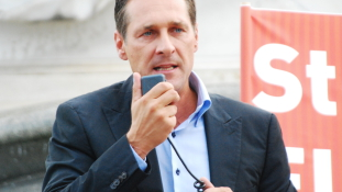 Európai politikus sem lesz Strache