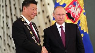 Kínai-orosz csúcstalálkozó lesz Szentpéterváron