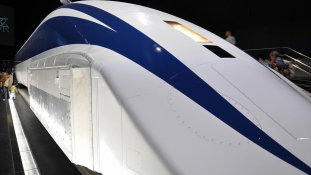 Kié a leggyorsabb vonat? A kínaiaké 600 kilométert tud – videó