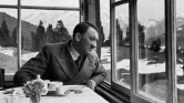 Hitler előkóstolóit színpadra viszik