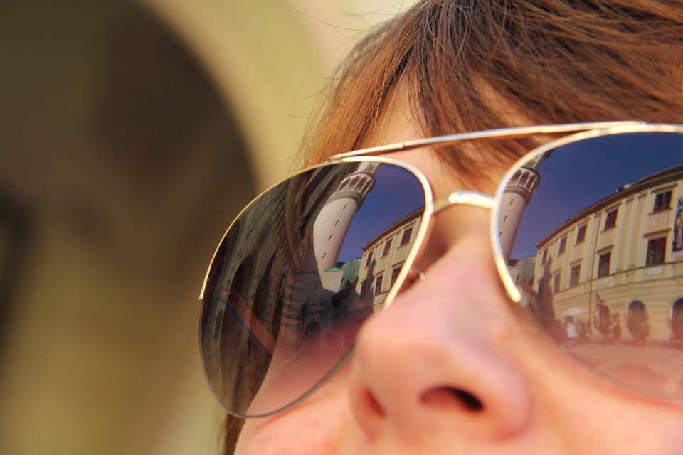 sunglasses-979250_960_720