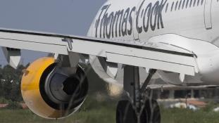 Üres strandok, hotelek: Spanyolország, Gambia és Görögország turizmusára is kihat a Thomas Cook-csőd