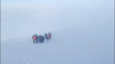 Egy vulkán tetejéről mentettek ki négy gyereket és 14 felnőttet Kamcsatkán