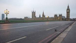 Maszkban Londonban – Interjú szigorítás után