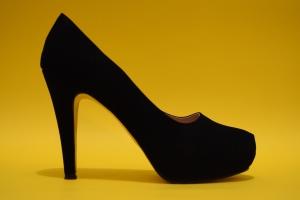 shoes-1460033_1920