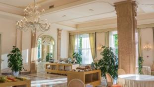 Ingyen szolgáltatások luxushotelektől a járvány idején
