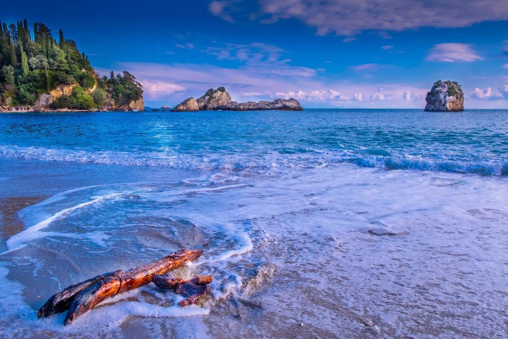 beach-3259537_1920