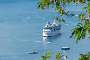 ferry-4607185_1920